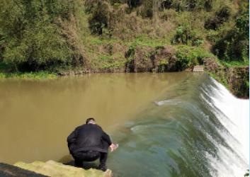 Chine: Bioremédiation en canaux et rivières